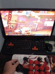 Playing Street Fighter Zero 2