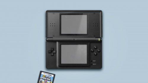 1420069770_NintendoDS.thumb.jpg.214937087a6866e05935d2f82779a356.jpg